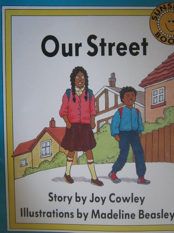 Sunshine Books 1 Our Street (P)(Big) by Joy Cowley