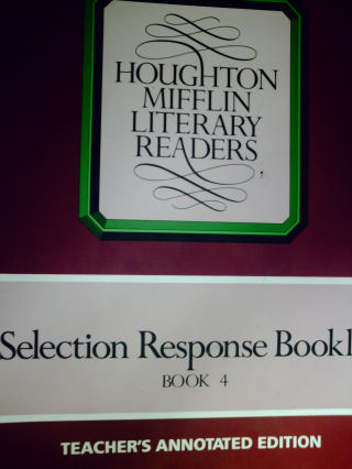 Literary Readers 4 Selection Response Booklet TAE (TE)(P)