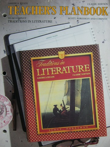 Traditions in Literature Classic Edition TPB (TE)(P)